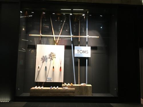 rinascente-TOMS-temporary-shop-01